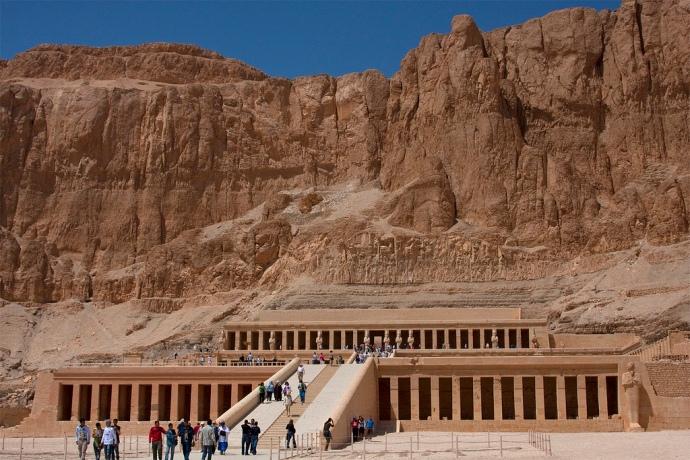 Hatshepsut temple , Luxor Egypt